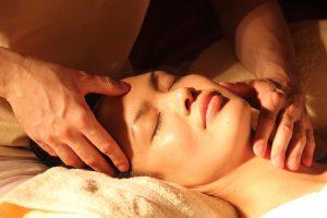 massaggio relax profondo cranio sacrale